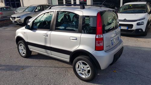 Fiat-Panda-4x4-1.3 Mjet 70 CV Climbing_10