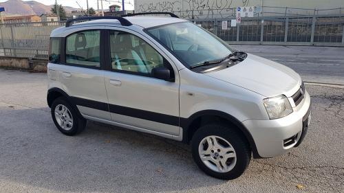 Fiat-Panda-4x4-1.3 Mjet 70 CV Climbing_7