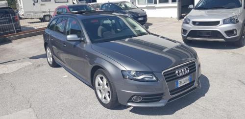 Audi A4 Avant 2.0 TDI 143 CV S-Line (1)