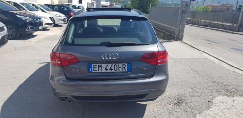 Audi A4 Avant 2.0 TDI 143 CV S-Line (4)