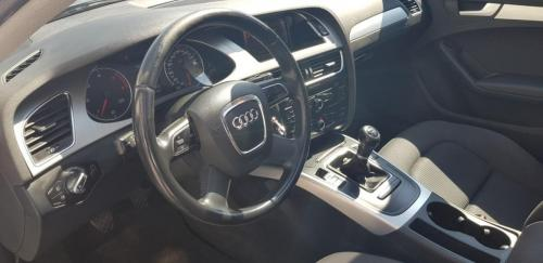 Audi A4 Avant 2.0 TDI 143 CV S-Line (8)