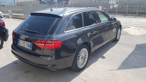 Audi A4 avant Quattro 2.0 TDI 177 CV Business (10)