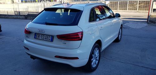Audi Q3 2.0 TDI Business Plus (9)