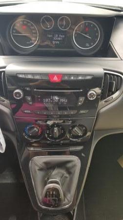 Lancia Ypsilon Elefantino (2)