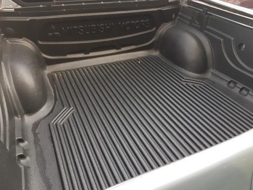 Mitsubishi L200 2.5 DID 136 cv Double Cab (9)