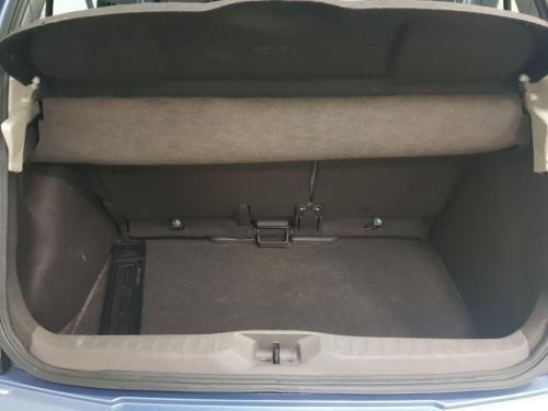 Nissan Micra 1.2 benzina (1)