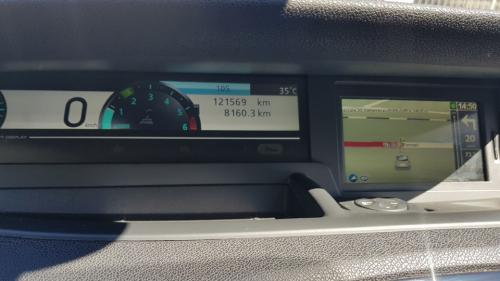 Renault-New-Scenic-11