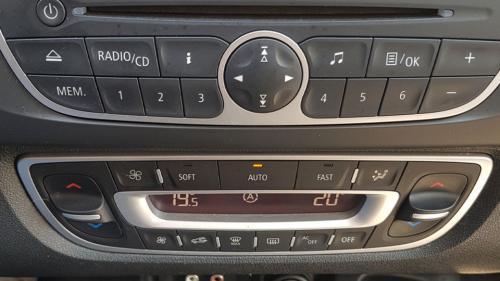 Renault-New-Scenic-12