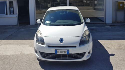Renault-New-Scenic-4