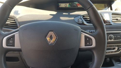 Renault-New-Scenic-7