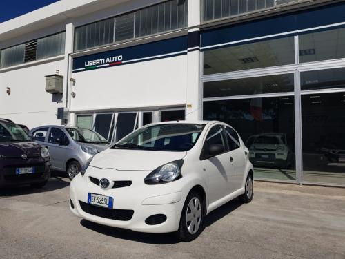 Toyota Aygo 1.0 Connect (1)